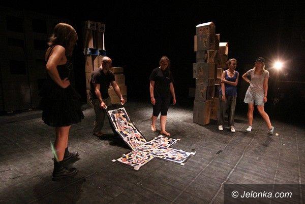 JELENIA GÓRA: Lato w Teatrze. W pocie czoła przed finałem