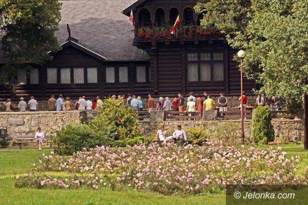 JELENIA GÓRA: W królestwie grzybów przy Pawilonie Norweskim