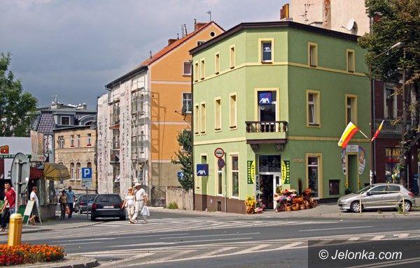 JELENIA GÓRA: Coraz ładniej na ulicy Chrobrego