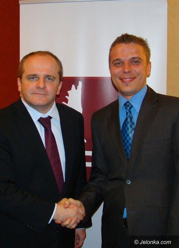 Region: Lider PJN zaprezentował kandydatów do Sejmu