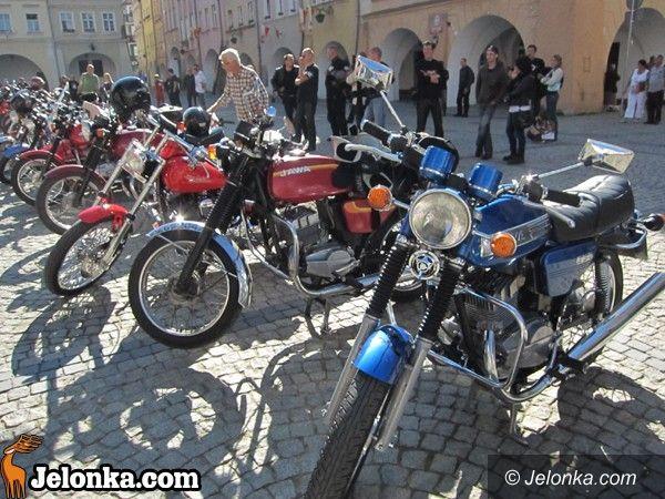 JELENIA GÓRA: To nie sen, to jawa. Kultowe motocykle w Rynku