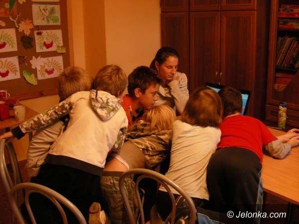 JELENIA GÓRA: O Internecie w Fundacji S.O.S. Codzienność