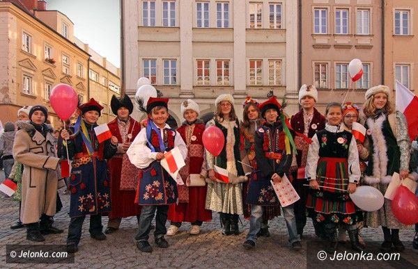JELENIA GÓRA: Niepodległość jest jak powietrze. Czy Jelenia Góra kocha Polskę?