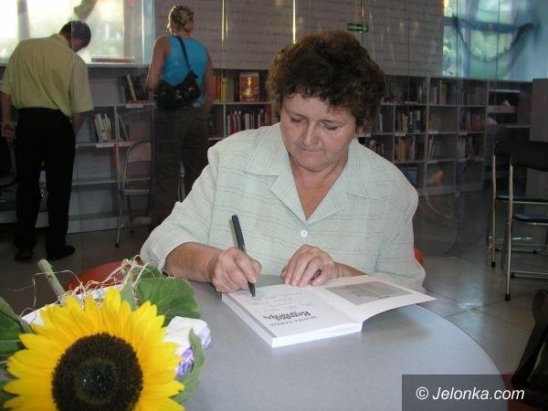 REGION: Monika Szwaja wraca z nową powieścią