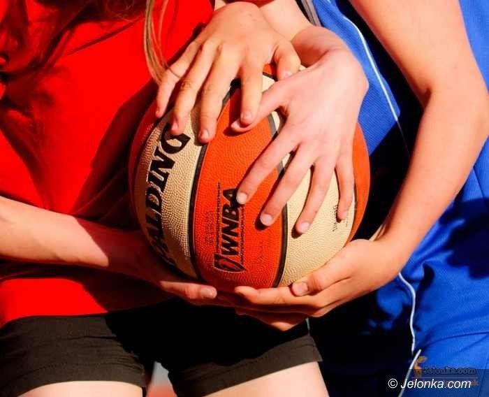Jelenia Góra: Koszykarki z SP 10 wygrywają półfinał strefowy