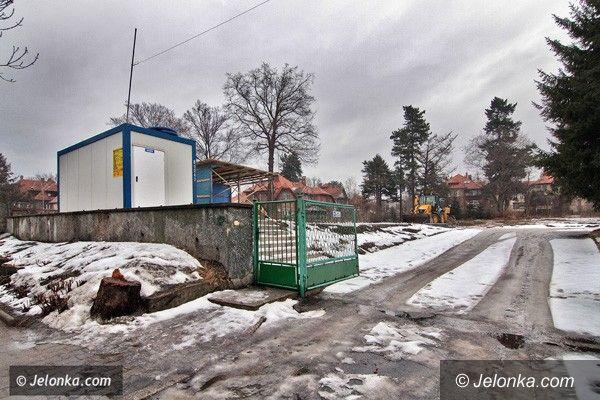 JELENIA GÓRA: W miejscu baraków – budynki mieszkalne