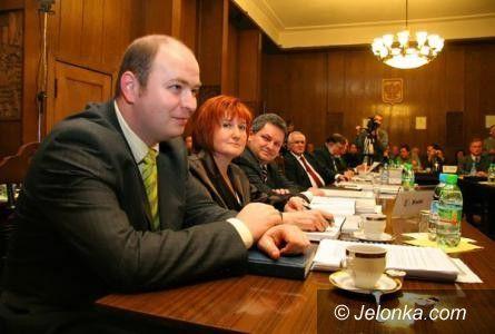 Jelenia Góra: Radna Danuta Wójcik dostała posadkę za biurkiem