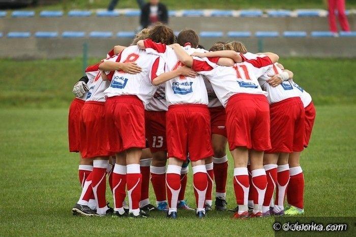 III-liga piłkarska kobiet: III–liga kobiet: Dziewczyny jadą do Wałbrzycha