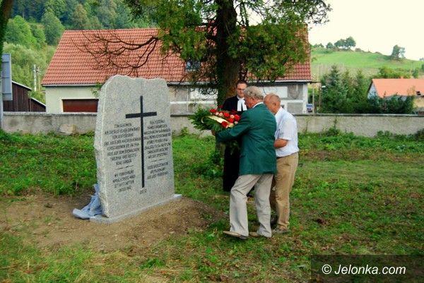Region: Stanął kamień pamięci dawnych mieszkańców Radomierza