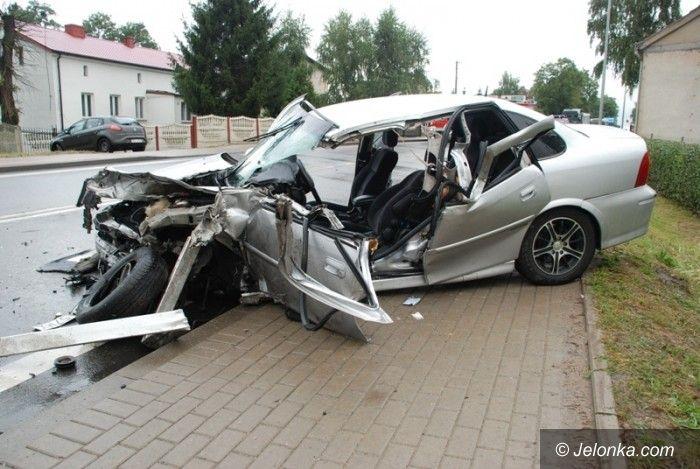 Kraj: Jeleniogórzanie ofiarami wypadku w Skowarczu