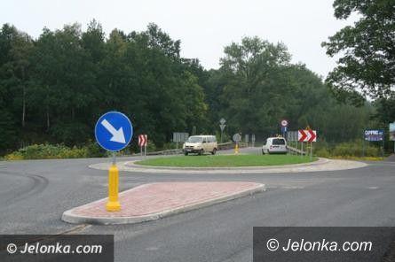 Powiat: Rondo w Miłkowie dzięki inicjatywie Jelonki.com!
