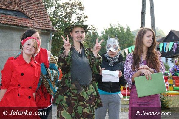 Jelenia Góra - Sobieszów: Znakomitą zabawą pożegnali lato w Sobieszowie