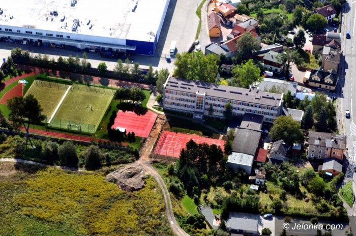 Jelenia Góra: Boiska przy Gimnazjum nr 3 już gotowe