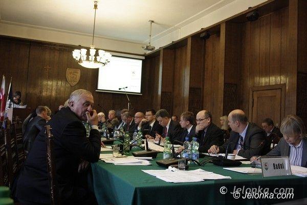 Jelenia Góra: Po wakacyjnej przerwie obradowali miejscy radni