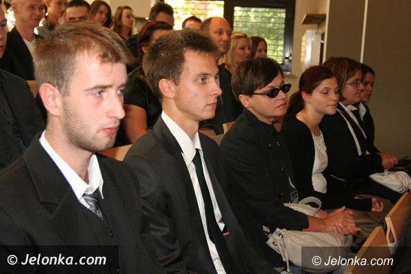 Jelenia Góra: Studenci rozpoczęli uroczyście rok akademicki na Uniwersytecie Ekonomicznym