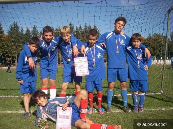 Jelenia Góra: Chłopcy z jeleniogórskich podstawówek zagrali w futbol