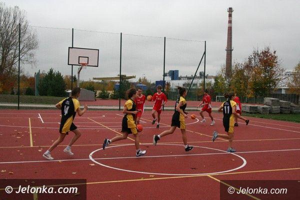 Jelenia Góra: Uczniowie przy ul. Grunwaldzkiej mają nowe boiska