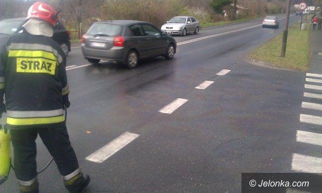 Jelenia Góra: Tłusta plama na ul. Sudeckiej