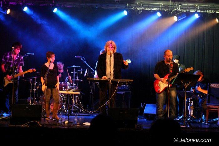 Jelenia Góra: Zagrali przerażająco dobry koncert w halloweenowy wieczór