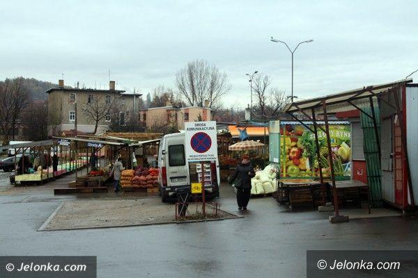Jelenia Góra: Czytelnik: Usunięto nas  z opłaconych miejsc na targowisku Zabobrze