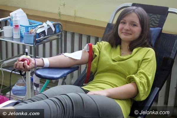 Jelenia Góra: Jeleniogórscy uczniowie wzorem dla krwiodawców