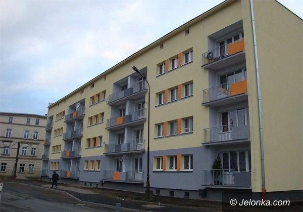 Jelenia Góra: Wyremontowany budynek na  Osiedlu Robotniczym prezentem na święta