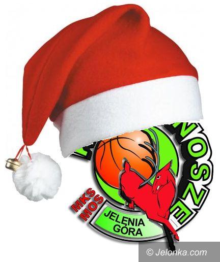 Jelenia Góra: Świąteczna zabawa z koszykarkami MKS–u MOS Karkonoszy