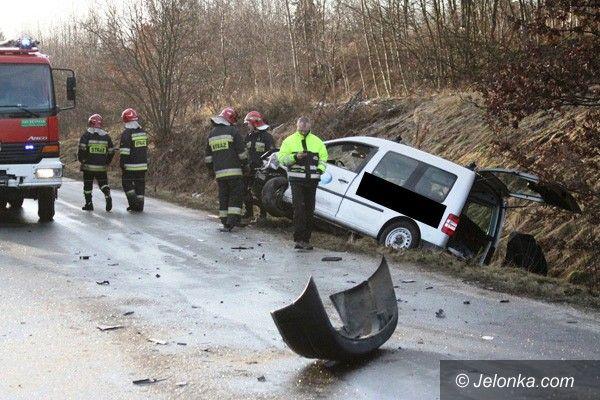 Łomnica: Zderzenie w Łomnicy – cztery osoby w szpitalu