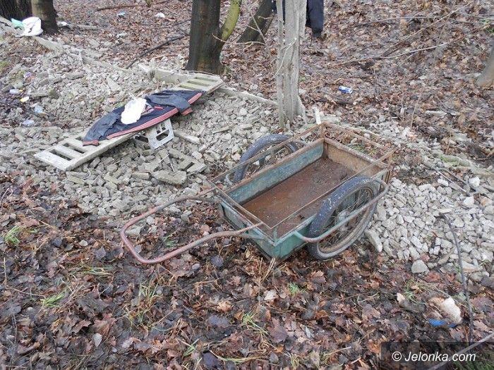 Jelenia Góra: Kradli ogrodzenie byłego tartaku?