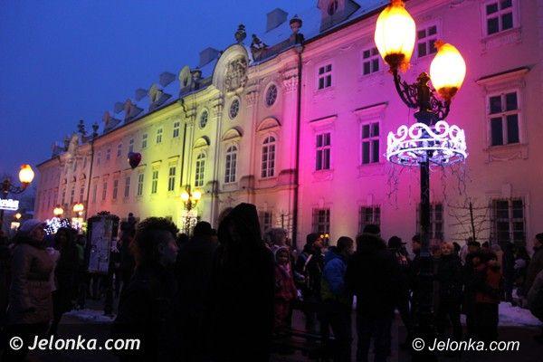 Jelenia Góra: Łuny ogni i barw podczas Karkonoskiego Festiwalu Światła w Cieplicach