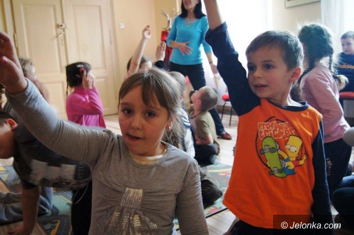 Jelenia Góra: Zimowisko w MDK pełne atrakcji i radości