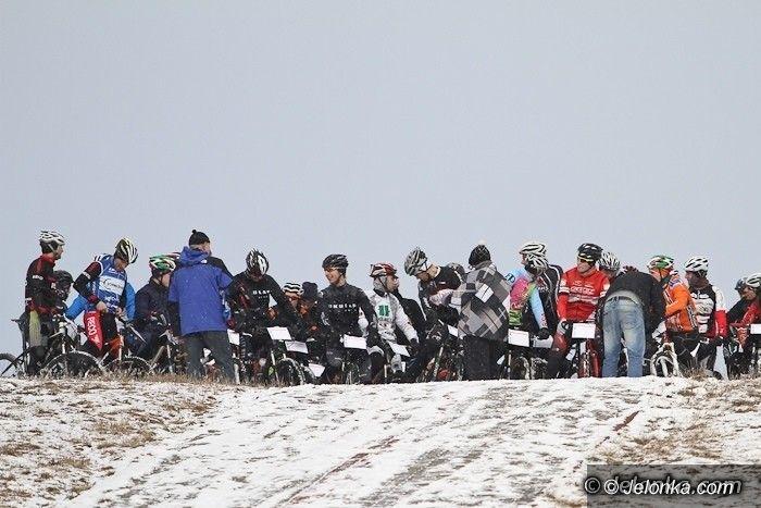 Jeżów Sudecki: Występ kolarzy MKS–u 11 w KPR–Stoor MTB Winter Maratonie 2013