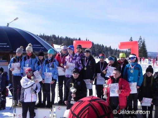 Wisła: Trzecie miejsce sztafety juniorek w Mistrzostwach Polski