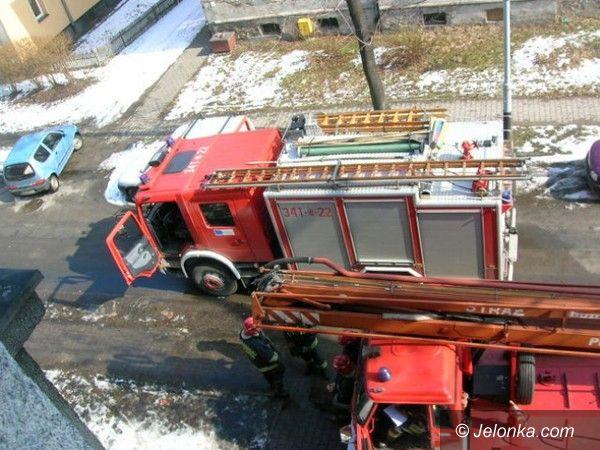 Jelenia Góra: Pożar przy ul. Traugutta w Jeleniej Górze