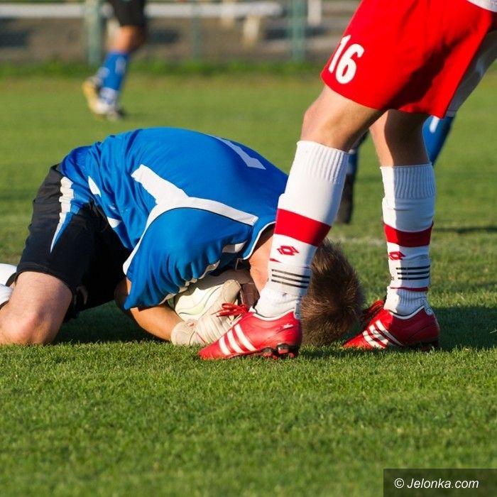 IV-liga piłkarska: Karkonosze dołują, w środę kolejny trudny rywal
