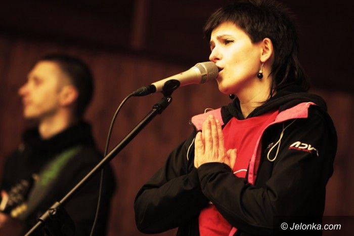 Jelenia Góra: Święto Flagi z koncertem W tym sęk