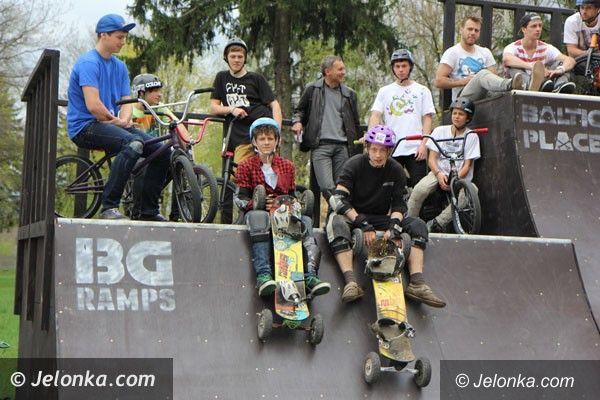 Jelenia Góra: Jest skatepark w Cieplicach – świetna sprawa, wreszcie się doczekaliśmy – mówi młodzież