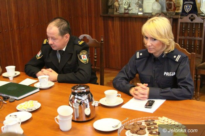 Jelenia Góra: Więcej patroli dzięki porozumieniu policji i straży miejskiej