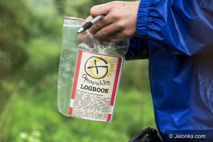 Jelenia Góra: Poszukiwali skarbów w deszczu