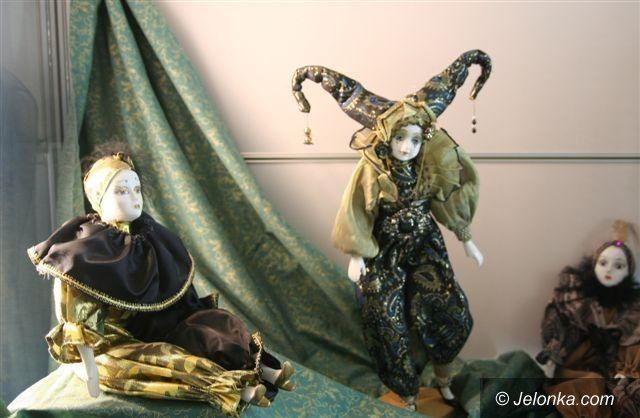 Region: Porcelanowe lale w Muzeum Zabawek