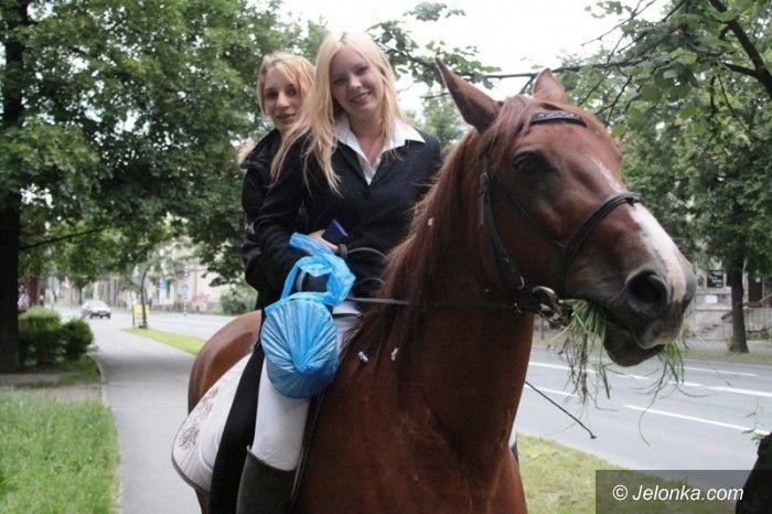 Jelenia Góra/region: Na zakończenie roku szkolnego… konno