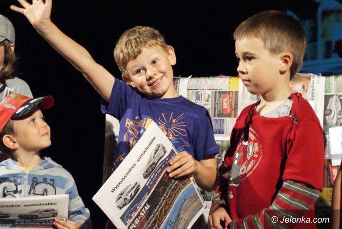 Jelenia Góra: Dzieci w Muflonie: Po co są gazety?