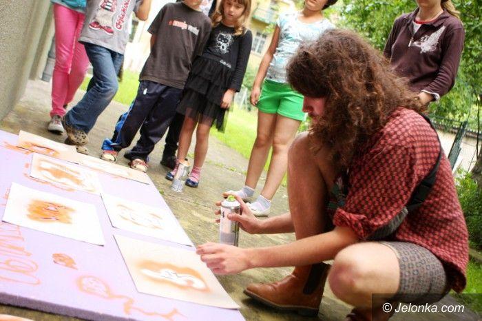 Jelenia Góra: W Sobieszowie młodzi tworzą murale