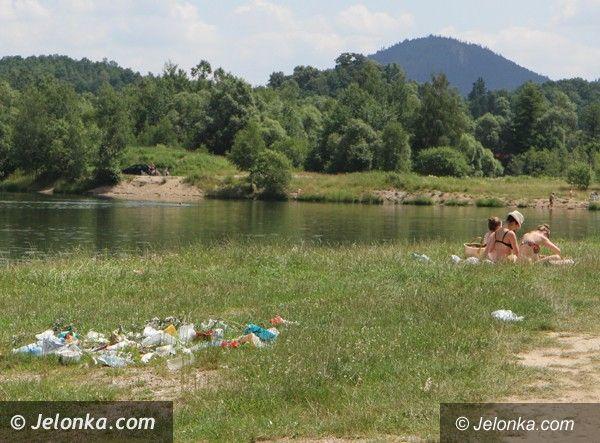 Region: Dzikie kąpielisko w Wojanowie jak śmietnik