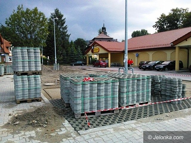 Jelenia Góra: Do Biedronki suchą stopą