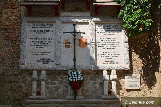 Jelenia Góra: Turysta: Szlak Papieski jest zaniedbany