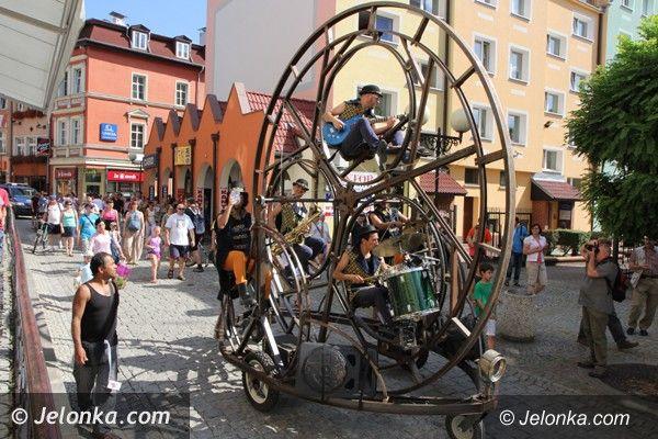 Jelenia Góra: Drugi dzień ze sztuką ulicy