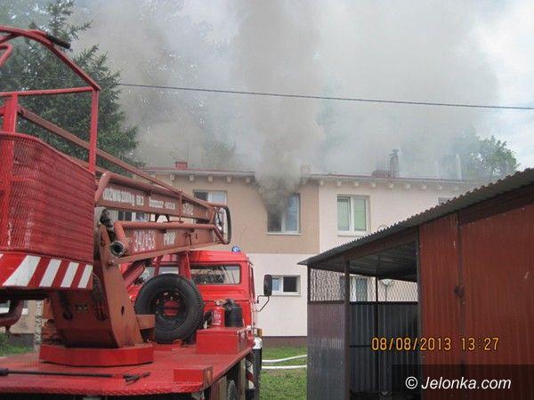 Jelenia Góra: Pożar na ul. Lwóweckiej w Jeleniej Górze