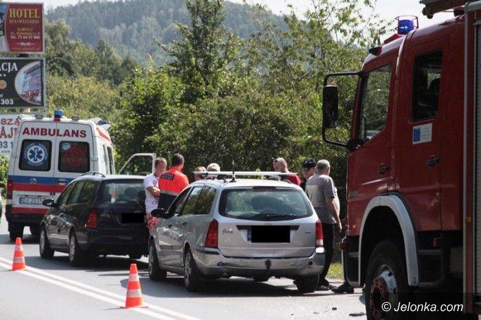 Jelenia Góra: Zderzenie trzech aut na Sudeckiej