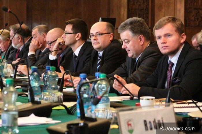 Jelenia Góra: Radni wzywają prezydenta do obniżenia czynszów
